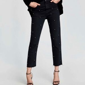 Zara The Vintage High Rise Mom Jeans With Pearls Size 4